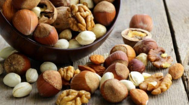 Best Nuts To Consume While On A Weight Loss Journey