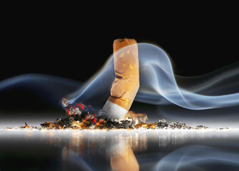 धू्म्रपनामुळे बहिरेपणाचा धोका