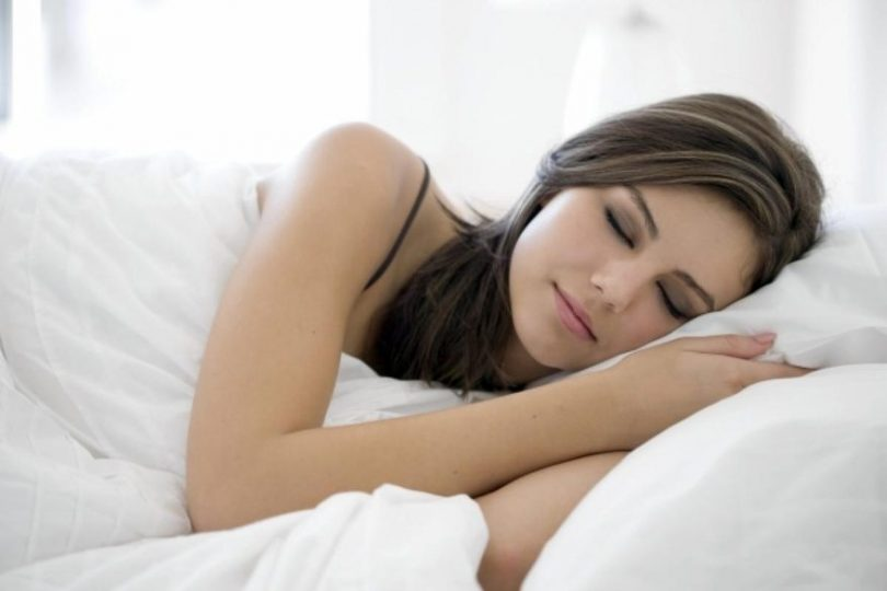 15 Reasons You Must Only Sleep On Your Left Side!