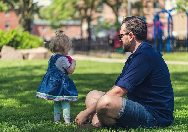 Dads, take note. Your stress may affect your child's brain development in the future
