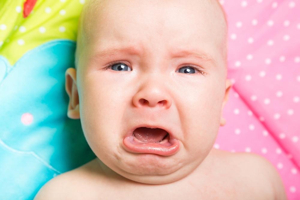 रात्री बाळाचे रडण्याचे मुख्य कारण