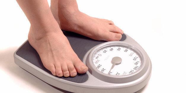 रात्रीच्या जेवणात 'या' चूकांमुळे वाढतोय तुमचा लठ्ठपणा