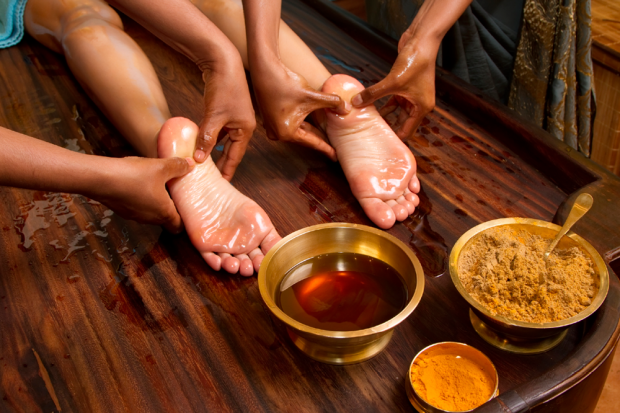 Foot Massage : Ayurveda Treatment And It's Benefits...!