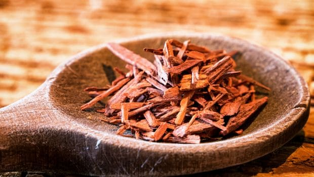 Eight Ways to Use Red Sandalwood for Glowing, Acne-Free & Beautiful Skin