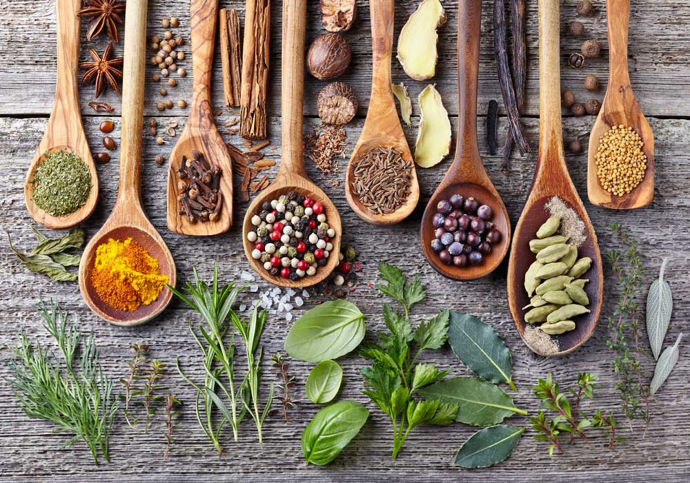 Herbs & Spices - 6 Of These Are A Must In Your Kitchen!