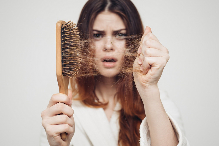 Four Common Combing Mistakes That Lead To Excessive Hairloss