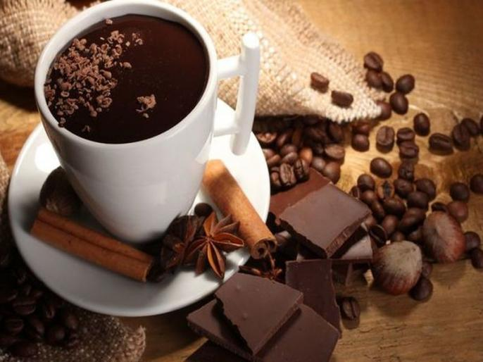 चॉकलेट, कॉफी आणि अॅसिडिटीमध्ये आहे खोलवर संबंध, जाणून घ्या कसा?