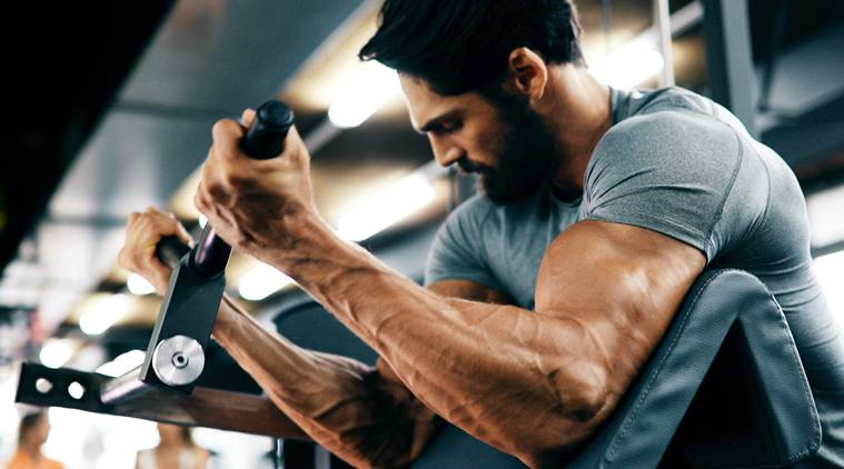 Tone your arms at home with these easy exercises