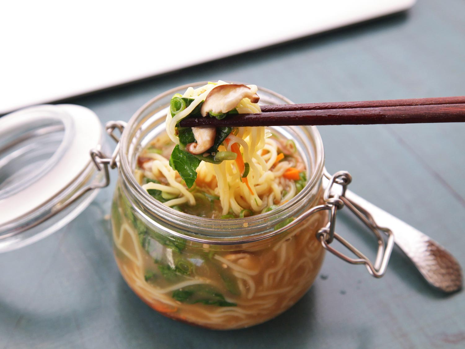 Instant Noodles - 9 Healthy Substitutes For It!