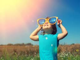 उन्हाळ्यामध्ये मुलांची अशी घ्या काळजी; मुलं राहतील हेल्दी!