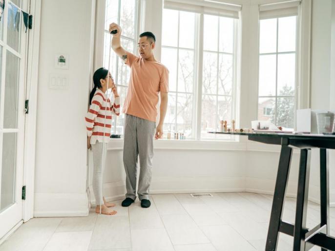 लहान मुलांची वाढत नसेल उंची तर 'हे' नैसर्गिक उपाय करा ट्राय!
