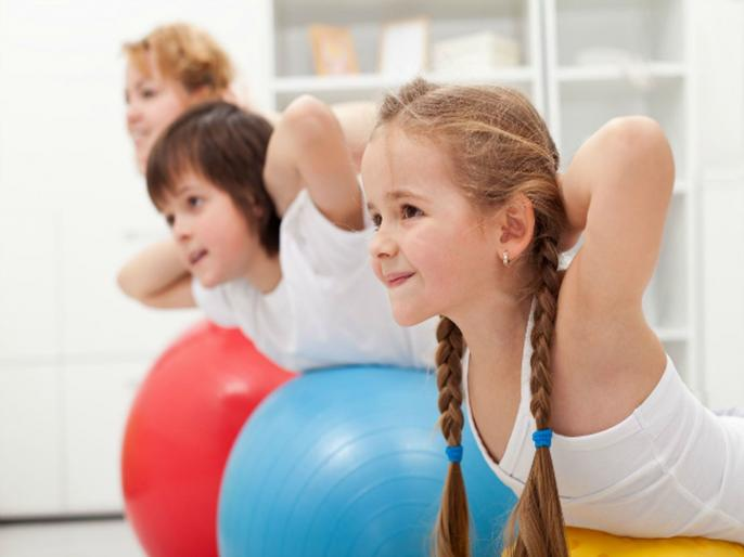 लहान मुलांनी एका दिवसामध्ये किती व्यायाम करावा?; जाणून घ्या सविस्तर