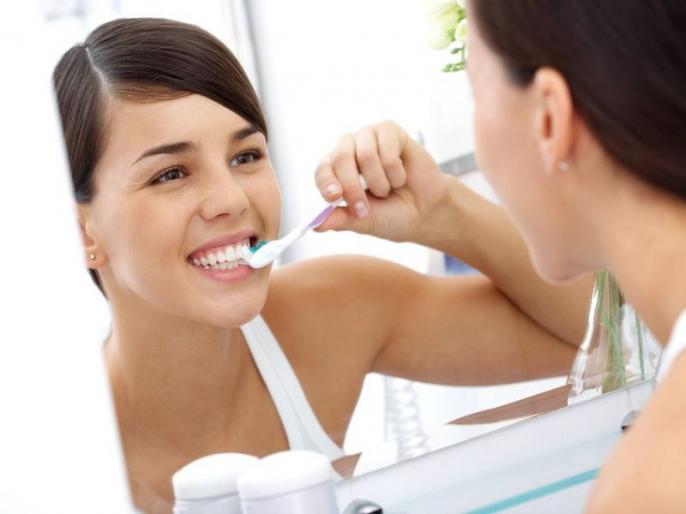 दातांच्या मजबुतीसाठी 'हे' पदार्थ ठरतात हेल्दी; डाएटमध्ये नक्की समावेश करा
