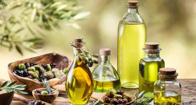 Olive Oil For Massage: Here's How This Wonder Oil May Benefit Your Hair And Skin