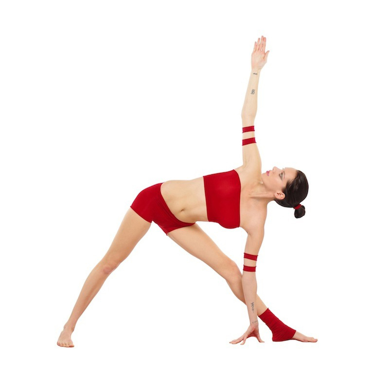 Trikonasana: The Yoga Pose for Strength, Stamina & Stability