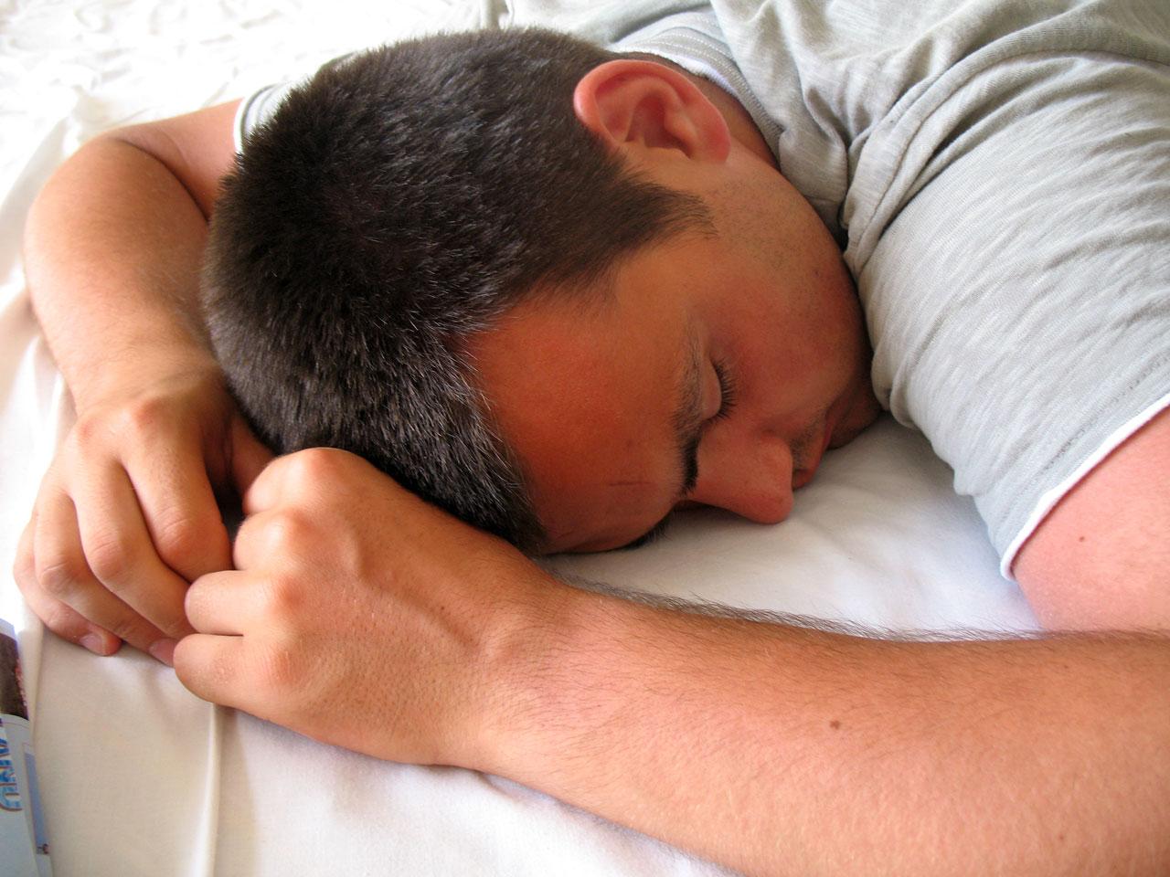 शांत झोपेसाठी हे करून बघा...