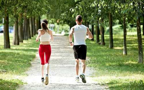 Exercise with your partner and share fitness goals to lose weight faster