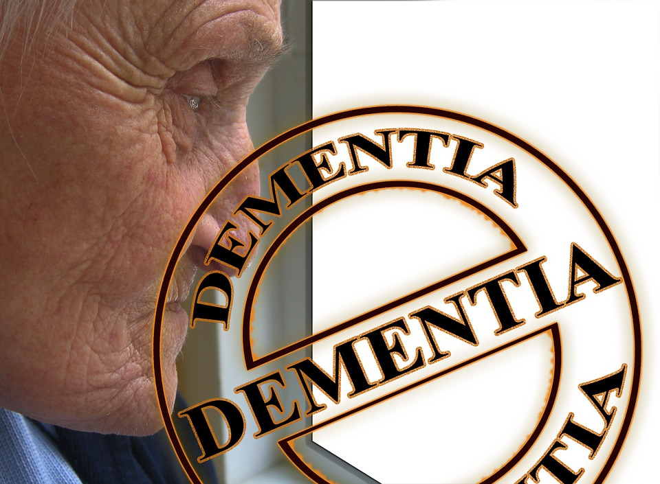 Even mild head blows may raise dementia risk: Study