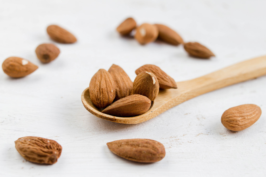 Almonds For Weight Loss: Load Up On These Nuts To Lose Weight