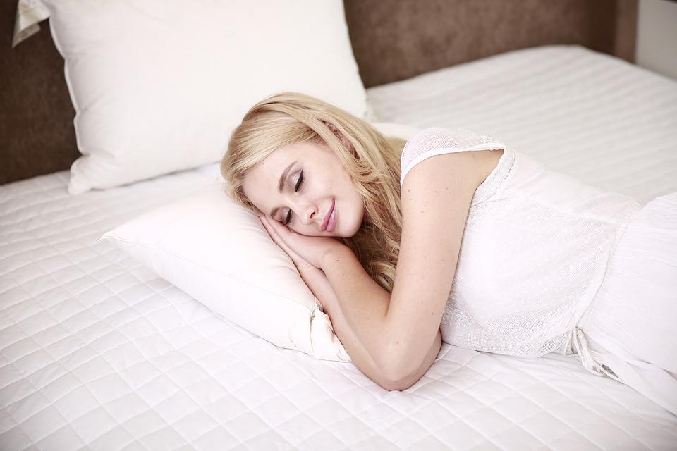 शनिवार, रविवार भरपूर झोपा; आयुष्य वाढवा